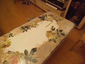 materialy_dekupazha_stola Декупаж кухонного стола своими руками и оформление стен на кухне