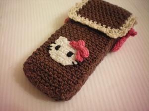 vyazannyy_chehol_mobilnogo Вязание чехла для телефона крючком: как связать своими руками, варианты схем сумочки для смартфона