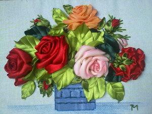 iskusstvo_vyshivaniya_kartiny Вышивка роз лентами для начинающих рукодельниц: учимся вышивать лентами по видео мастер-классам