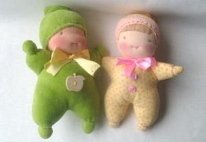 prostaya_podelka_flisa Народная кукла своими руками из ткани: мастер-класс с фото и видео