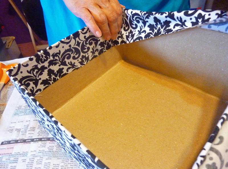Чем обклеить коробку