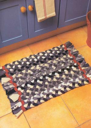 samodelnyy_kover Как сделать ковёр своими руками: история развития ремесла, материалы для изготовления и мастер-класс