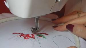 uzory_odezhde_mashinke Машинная вышивка в домашних условиях: швейное оборудование и виды швов, выбор ткани и инструментов