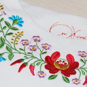 krasivaya_vyshivka_tkani Машинная вышивка в домашних условиях: швейное оборудование и виды швов, выбор ткани и инструментов
