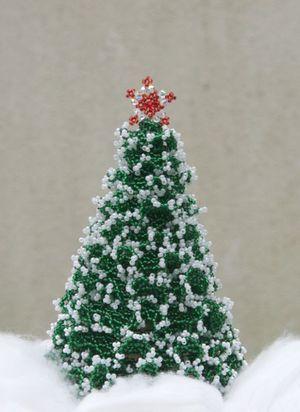 podelka_so_snezhnymi_vetkami Новогодние елочки из бисера своими руками