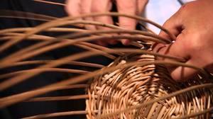 poshagovaya_shema_izgotovleniya Особенности плетения корзин своими руками: заготовка лозы, инструменты и техники изготовления плетёных лукошек