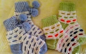 nosochki_rebenka_2-3_let Как связать детские носки? Красивые детские носочки своими руками.