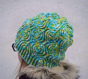 shapka_stile_briosh Модные вязаные женские шапки в технике бриошь: схемы вязания. Как связать спицами красивую шапку чалму, тюрбан, бини, азиатским колском: схемы, узоры