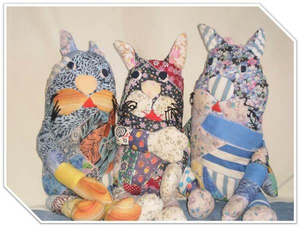 kuklyi3 Как сделать куклу с одеждой из картона своими руками: схемы, трафареты, фото. Подвижная кукла дергунчик, марионетка, Масленица, ростовая, для пальчикового театра — игрушки из картона своими руками