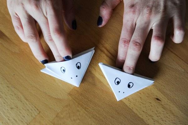 Как сделать рот лягушку из бумаги